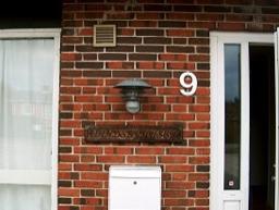 Indgangsparti Landsbyhuset-lysgaard