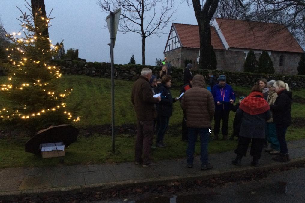Husk  tænding af juletræet i Lysgaard